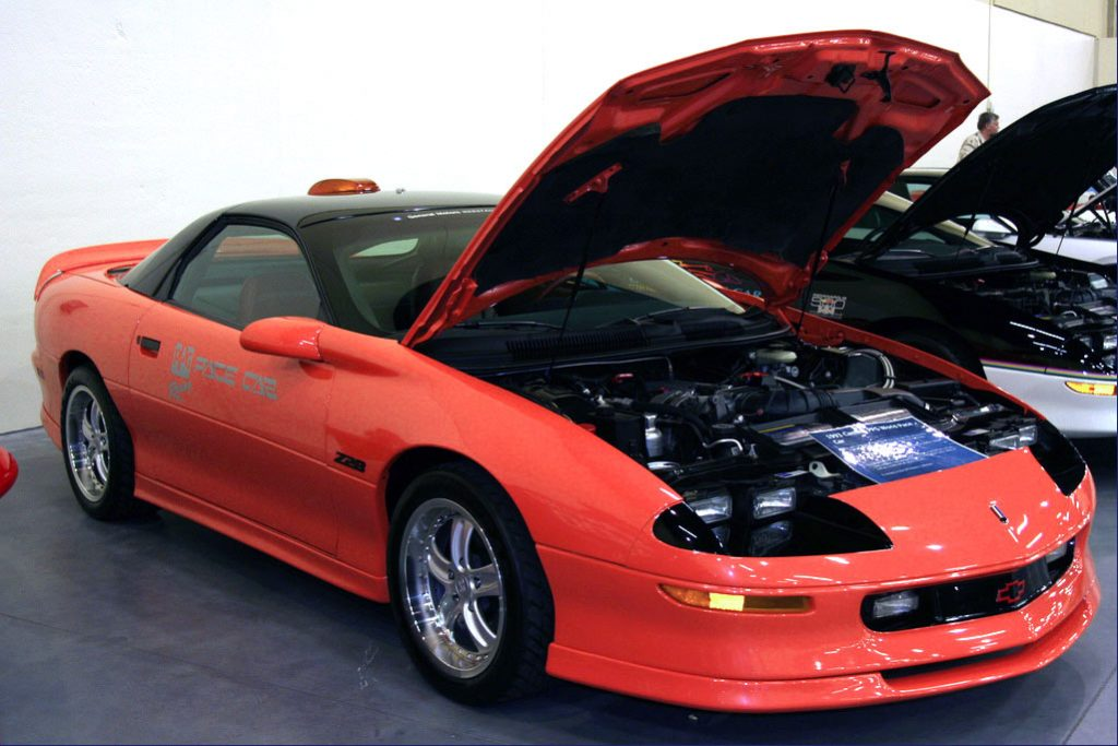 1993-ppg-camaro-z28-pace-car