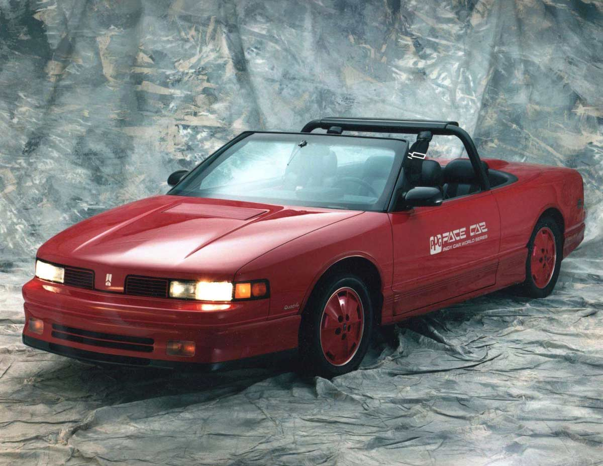 1988-PPG-Oldsmobile-Cutlass-Supreme-Pace-Car